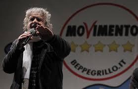 Beppe Grillo saluta le sue camicie nere - La solita vecchia merda