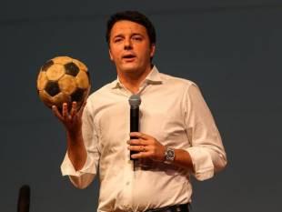 Matteo Renzi in palla